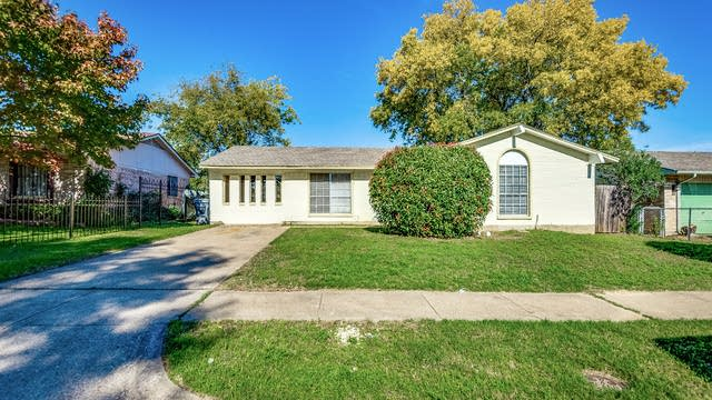 Photo 1 of 21 - 3941 Ivy Ridge St, Dallas, TX 75241