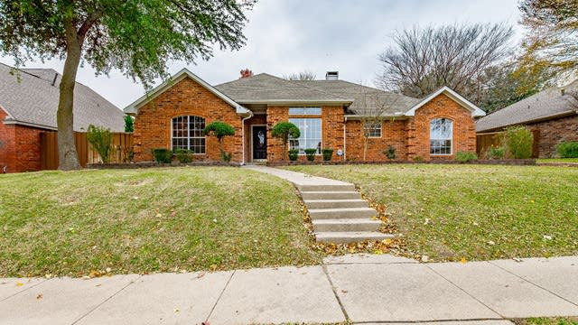 Photo 1 of 26 - 2004 Liverpool Dr, Plano, TX 75025