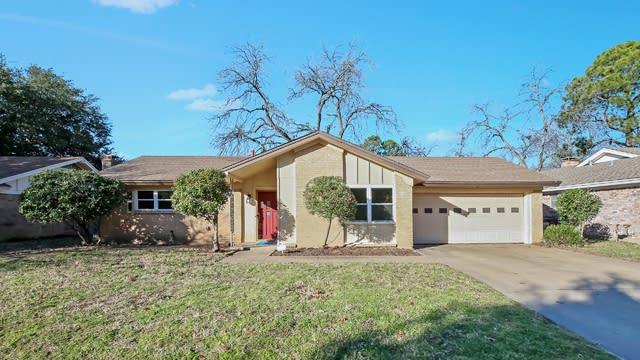Photo 1 of 24 - 1205 Irwin Dr, Hurst, TX 76053