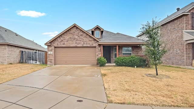 Photo 1 of 24 - 408 Stone Crossing Ln, Fort Worth, TX 76140