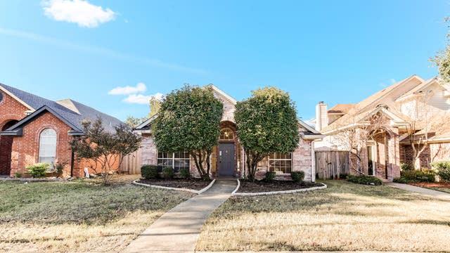 Photo 1 of 25 - 6510 White Oak Dr, Rowlett, TX 75089