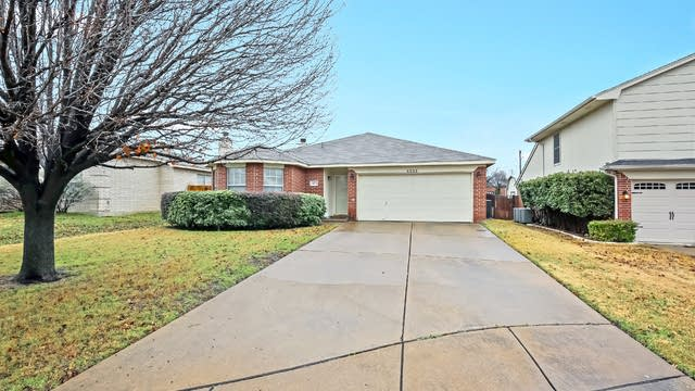 Photo 1 of 25 - 4633 Quarry Cir, Fort Worth, TX 76244