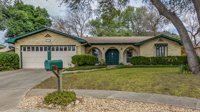 Photo 1 of 19 - 5915 Forest Rim St, San Antonio, TX 78240