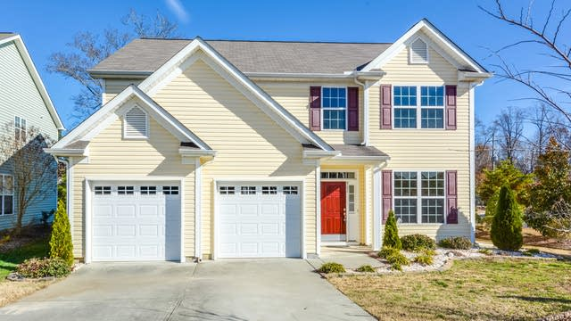 Photo 1 of 19 - 302 Hinton View Ln, Knightdale, NC 27545