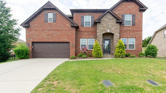 Photo 1 of 25 - 9611 Cliveden Ave NW, Concord, NC 28027