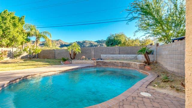 Photo 1 of 18 - 2021 E Winston Dr, Phoenix, AZ 85042