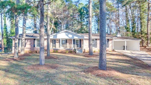 Photo 1 of 26 - 400 Pine Glen Ct SW, Lilburn, GA 30047