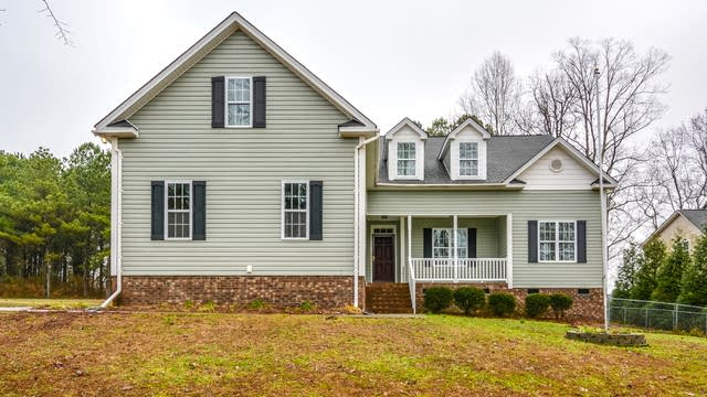 Photo 1 of 19 - 228 Bess Dr, Clayton, NC 27520