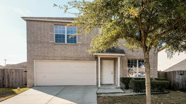 Photo 1 of 25 - 8706 Loon Ct, San Antonio, TX 78245
