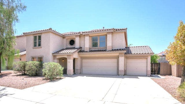 Photo 1 of 33 - 3223 W Lucia Dr, Phoenix, AZ 85083