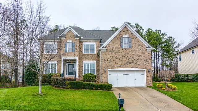 Photo 1 of 24 - 1305 Heritage Hills Way, Wake Forest, NC 27587