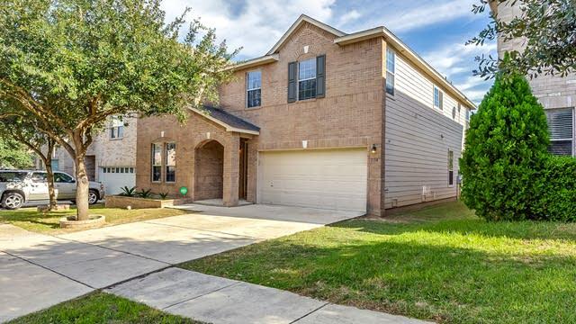 Photo 1 of 22 - 7114 Avery Rd, Live Oak, TX 78233