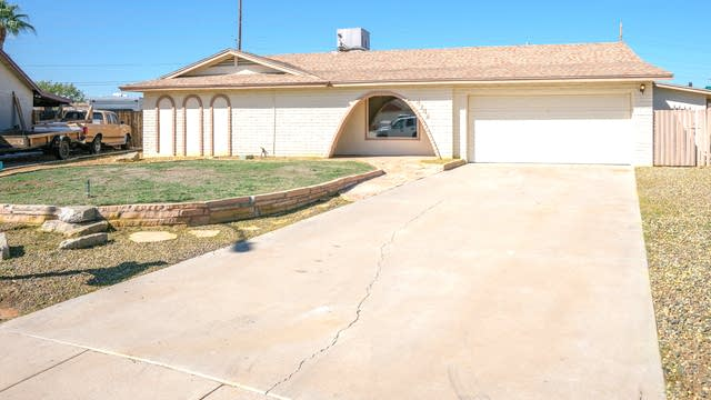 Photo 1 of 23 - 4242 W Garden Dr, Phoenix, AZ 85029