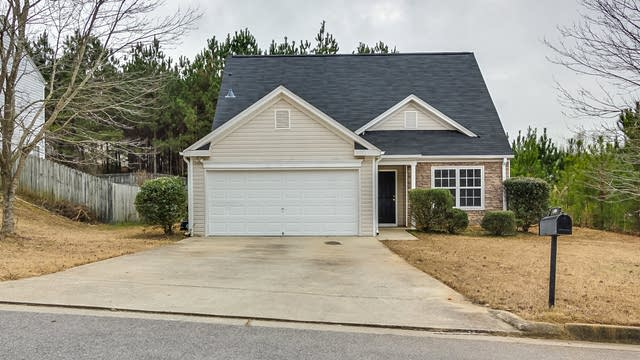 Photo 1 of 14 - 6717 Brookfield Way, Douglasville, GA 30134