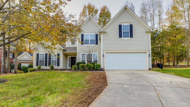 Photo 1 of 18 - 7702 Epping Forest Dr, Charlotte, NC 28078