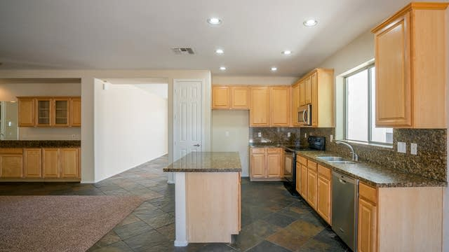 Photo 1 of 27 - 14941 W Columbine Dr, Surprise, AZ 85379