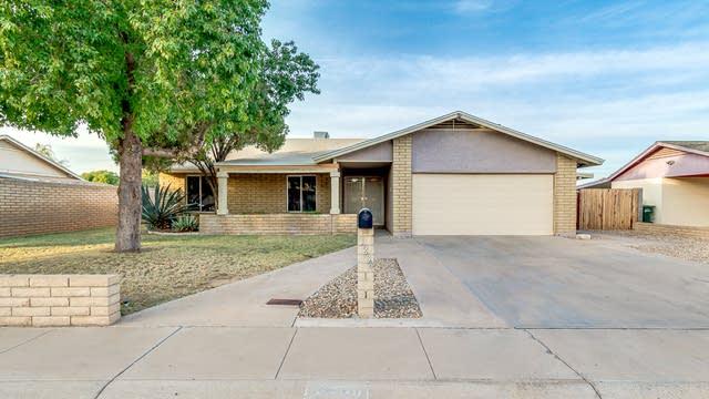 Photo 1 of 22 - 3236 E Windrose Dr, Phoenix, AZ 85032