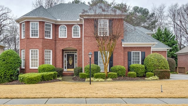 Photo 1 of 31 - 3203 Canter Way, Duluth, GA 30097