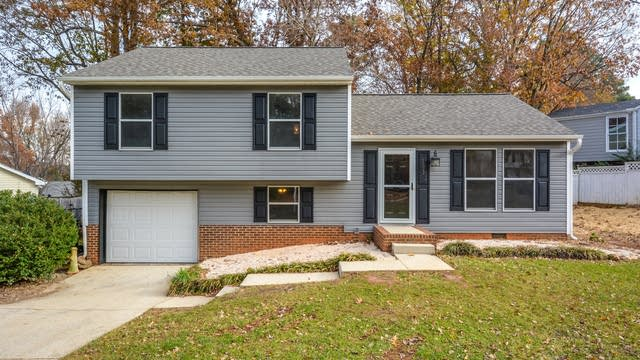 Photo 1 of 16 - 103 Cricket Hill Ln, Cary, NC 27513