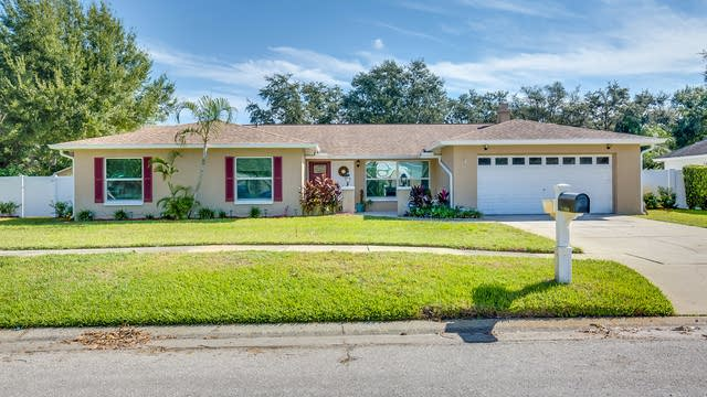 Photo 1 of 14 - 14313 Brentwood Dr, Tampa, FL 33618
