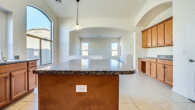 Photo 1 of 29 - 40936 W Hopper Dr, Maricopa, AZ 85138