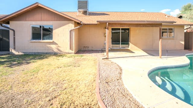 Photo 1 of 24 - 309 W Ross Ave, Phoenix, AZ 85027