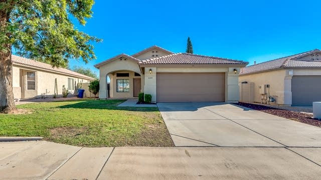 Photo 1 of 17 - 6245 E Mills St, Mesa, AZ 85215
