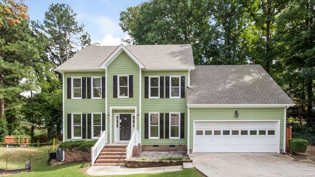 Photo 1 of 25 - 102 Whisper Creek Ct, Cary, NC 27513