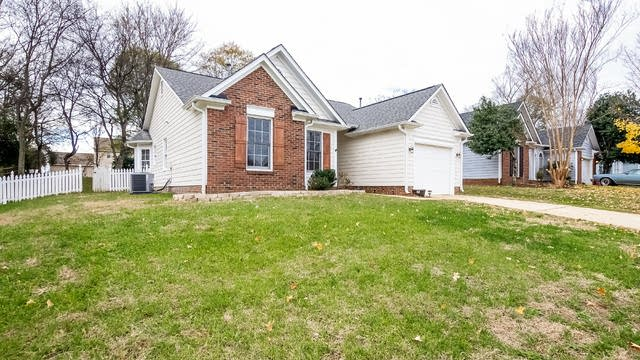 Photo 1 of 16 - 14918 Forest Mist Way, Charlotte, NC 28273