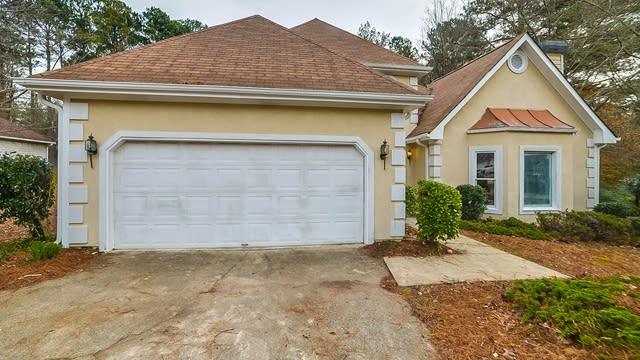 Photo 1 of 21 - 3052 Chesterfield Ct, Snellville, GA 30039