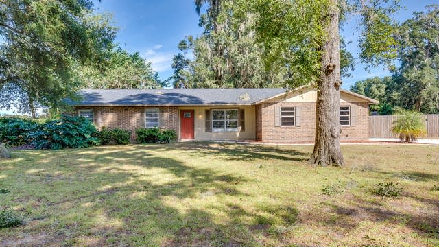 Photo 1 of 14 - 2108 Arch McDonald Dr, Dover, FL 33527