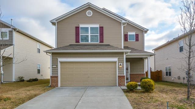 Photo 1 of 19 - 3625 Althorp Dr, Raleigh, NC 27616