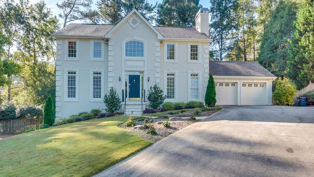 Photo 1 of 25 - 1620 Old Springs Ct, Snellville, GA 30078