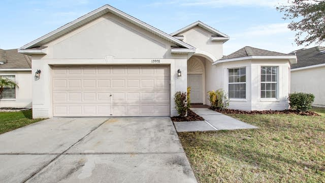 Photo 1 of 17 - 12008 Hampshire Field Ct, Riverview, FL 33579