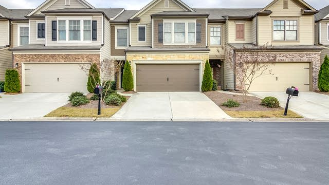 Photo 1 of 17 - 1275 Township Cir, Alpharetta, GA 30004