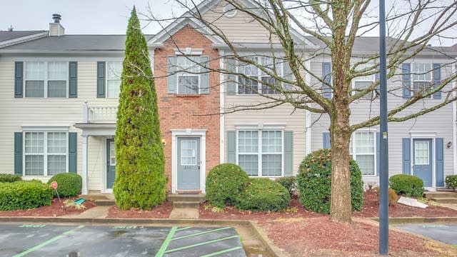 Photo 1 of 23 - 2661 Ashleigh Ln, Alpharetta, GA 30004