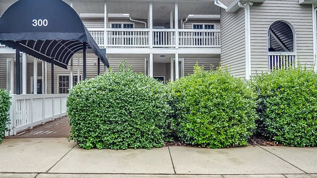 Photo 1 of 29 - 332 Springfork Dr, Cary, NC 27513