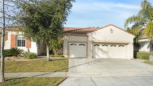Photo 1 of 17 - 1687 Golden Way, Beaumont, CA 92223