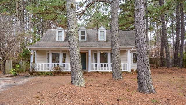 Photo 1 of 15 - 5312 Northpines Dr, Raleigh, NC 27610