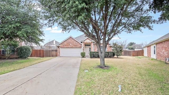 Photo 1 of 24 - 8161 Keechi Creek Ct, Fort Worth, TX 76137