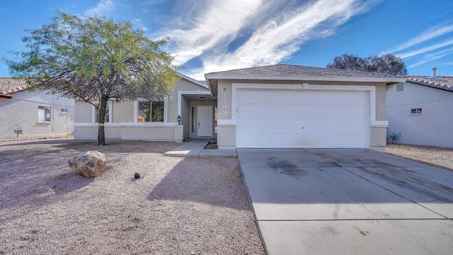 Photo 1 of 19 - 1799 W 11th Ave, Apache Junction, AZ 85120