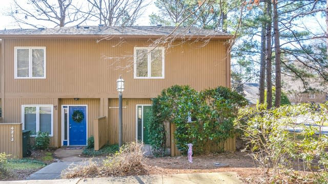 Photo 1 of 19 - 4215 Sunshadow Ln, Raleigh, NC 27613