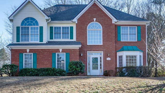 Photo 1 of 19 - 2180 Sugarbirch Dr, Lawrenceville, GA 30044