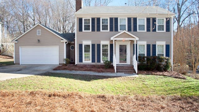 Photo 1 of 20 - 1009 Somersby Ln, Charlotte, NC 28105