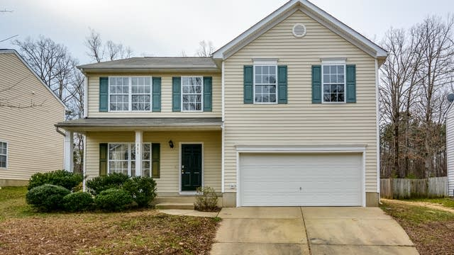 Photo 1 of 18 - 321 Texanna Way, Holly Springs, NC 27540