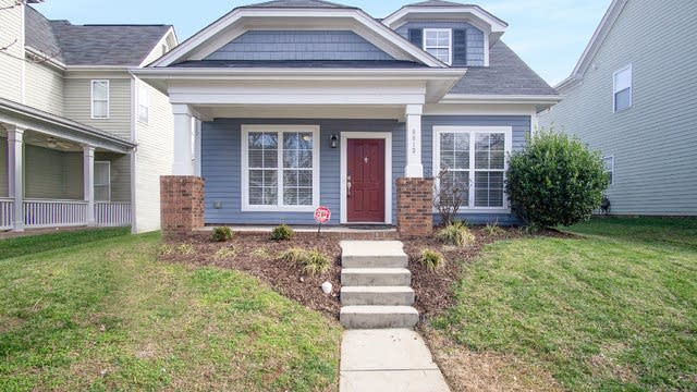 Photo 1 of 17 - 9913 Grier Springs Ln, Charlotte, NC 28213