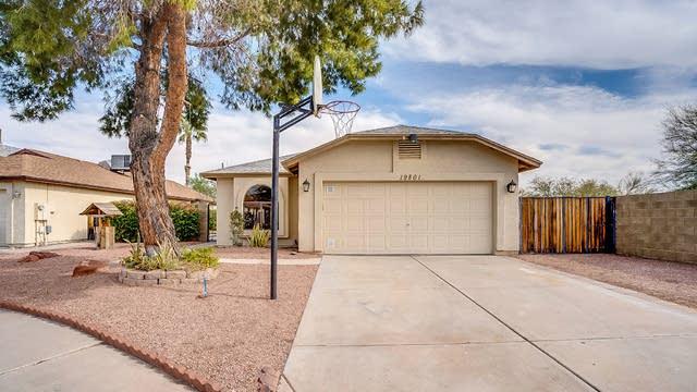 Photo 1 of 21 - 19801 N 47th Dr, Glendale, AZ 85308