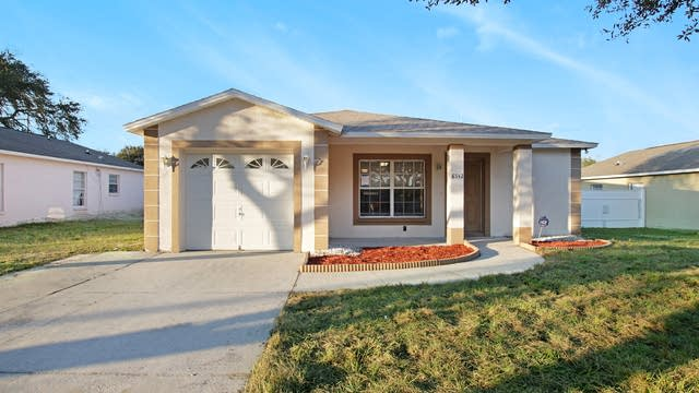 Photo 1 of 17 - 8542 Lazy River Dr, Tampa, FL 33617
