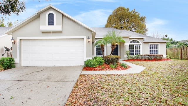 Photo 1 of 17 - 11630 Wellman Dr, Riverview, FL 33578