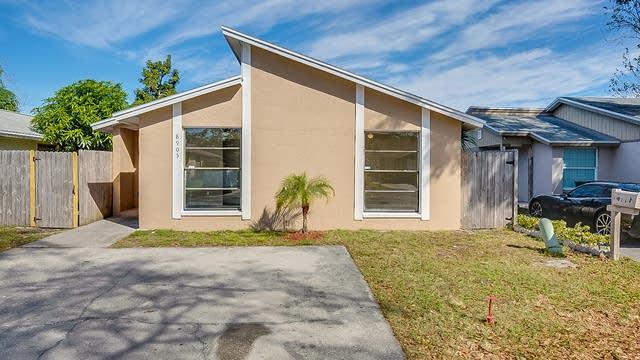 Photo 1 of 18 - 8905 Shandwick Ct, Tampa, FL 33615